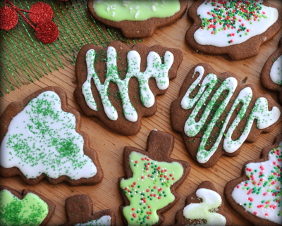 Frosty Christmas Trees ♥ KitchenParade.com, my long-time favorite cut-out cookie, with an easy-to-handle dough, lovely gingerbread flavor and just a touch of chocolate.