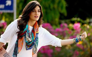 Kriti Sanon Bollywood Actress Biography, Hot HD Photos