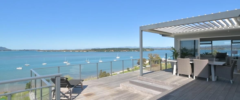 21 Photos vs. 69 Harbour View Rd, Omokoroa Interior Design Luxury Home Tour