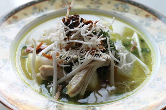 Soto Ayam Azie Kitchen