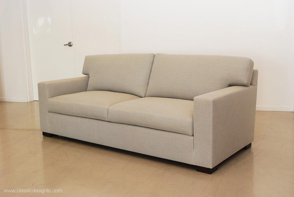 Classic design classic two seat sofa for Classic sofa design