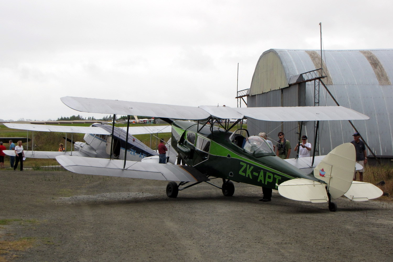 NZ Civil Aircraft: Rangitata Island invaded 26-08-2012