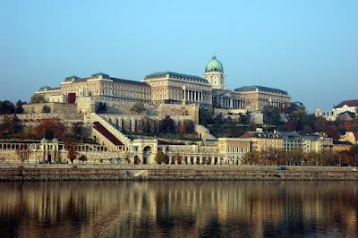 castillo de buda budapest