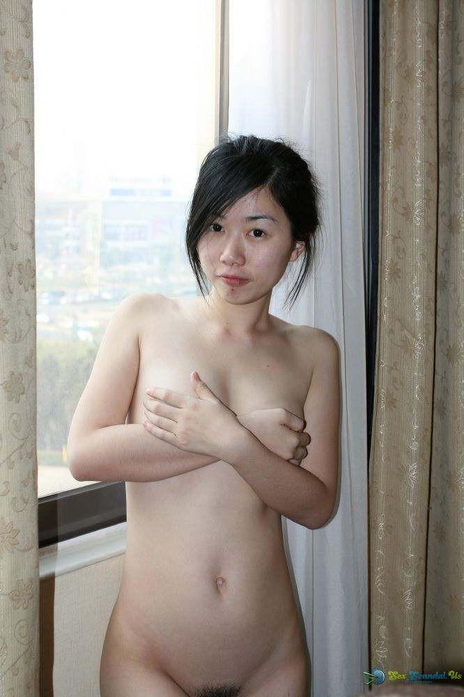 small-boobs-chinese-naked