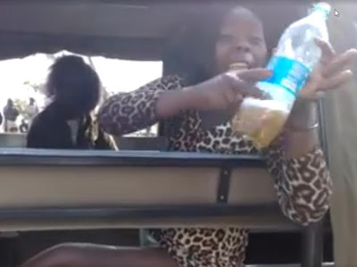 Drunken Kenyan ladies offer policemen sex for freedom (Video)