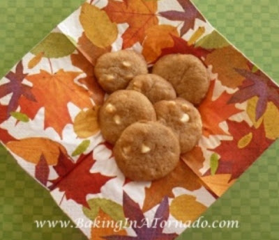 White Chocolate Almond Cookies | www.BakingInATornado.com | #recipe