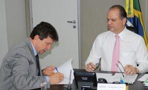 Implantação de cursos de medicina em Guajará- Mirim e Ariquemes