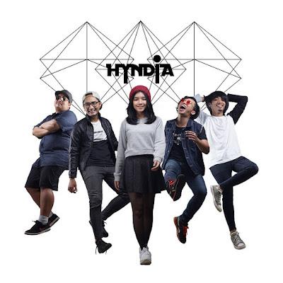 Album Pertama Hyndia, Band Asal Purwokerto