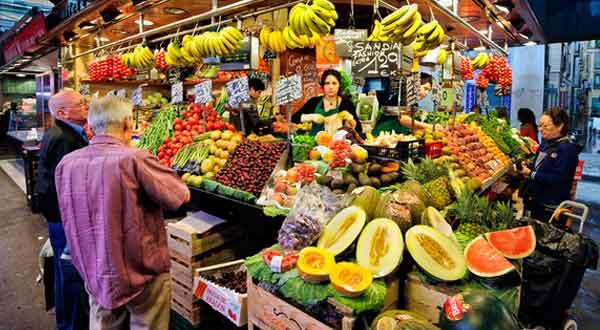 Gambar 13 Usaha Dagang di Pasar Tradisional Yang Menguntungkan