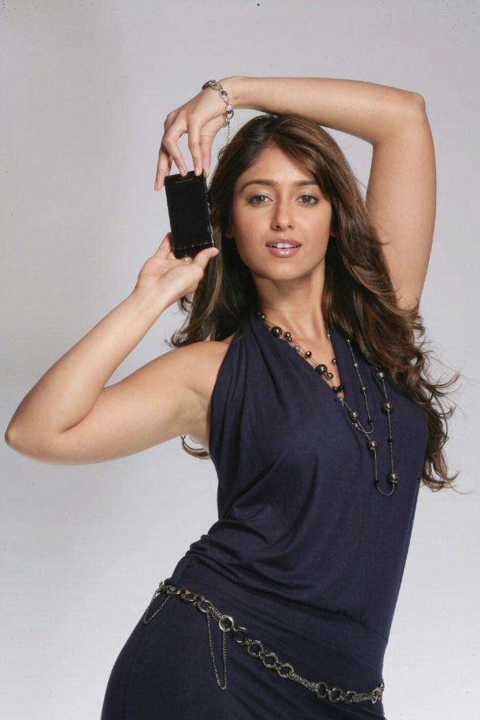 Ileana Hot Navel Pictures  Entertainment Exclusive Photos-2397
