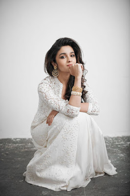 Alia Bhatt Wallpaper | Indian Actress