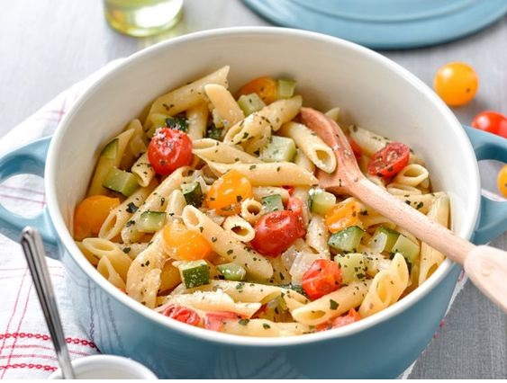 One Pasta Pot With Goat Cheese, Zucchini And Cherry Tomato