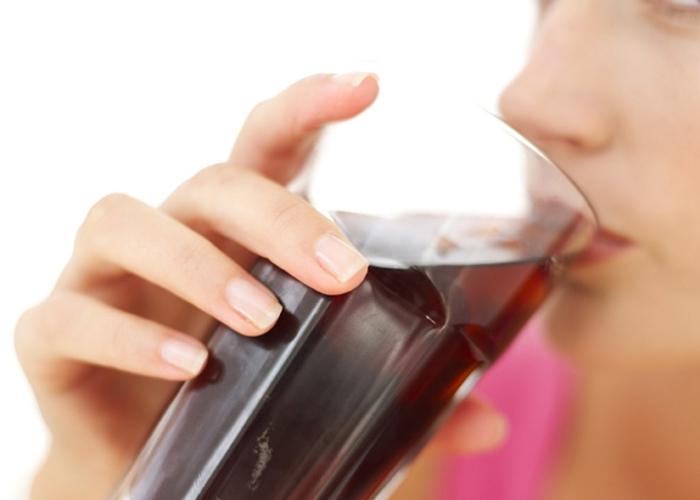Bebidas Que Se Acumulan En Las Caderas De Las Mujeres 1