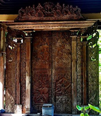 pintu gerbang majapahit pati