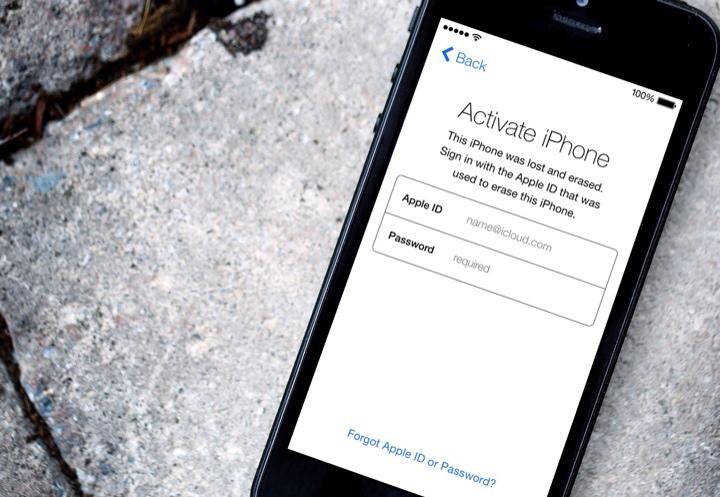 Layar iPhone Menunjukan Activation Lock