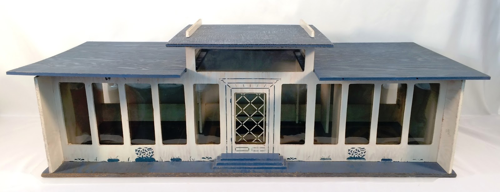 My Vintage Dollhouses: For Rent: Mid-Century Modern Dollhouse