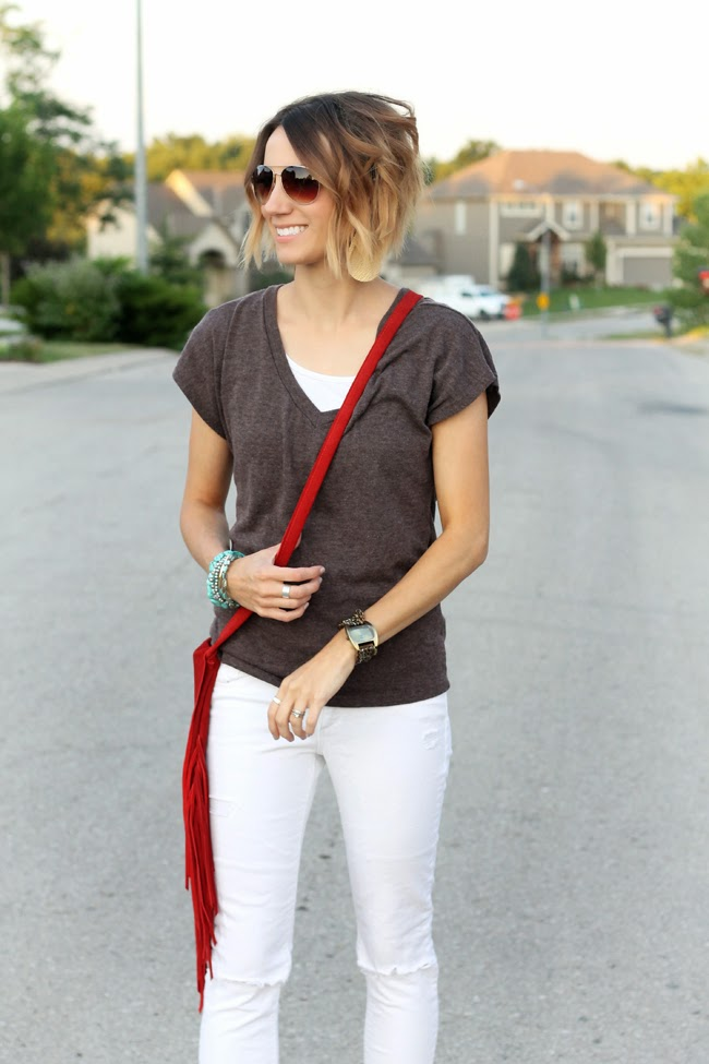 Brown tee, white denim, red fringe purse, turquoise accessories