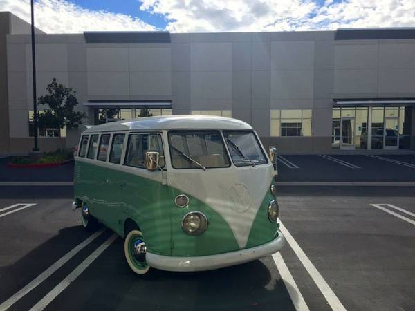 1963 VW Bus Kombi 15 Window