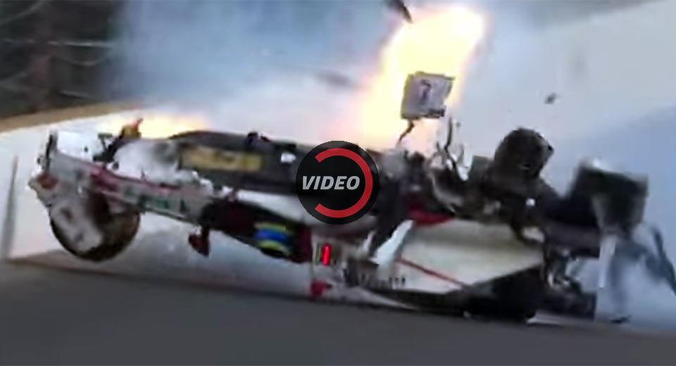 Sebastien Bourdais crashes at Indy, taken off on backboard