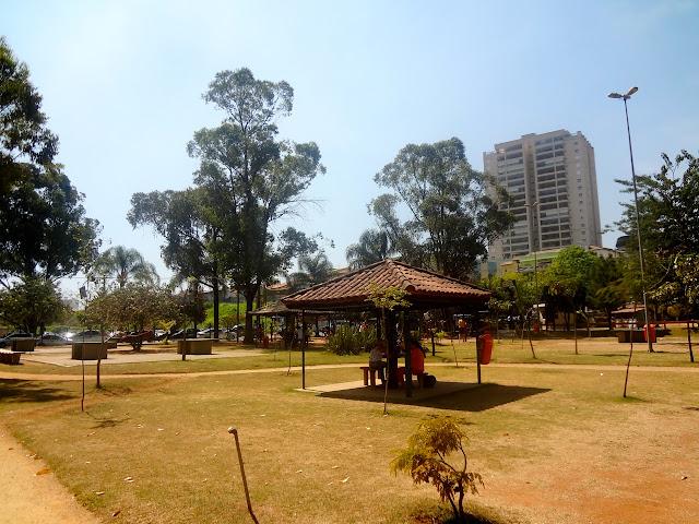 Quiosques no Bosque Maia em Guarulhos