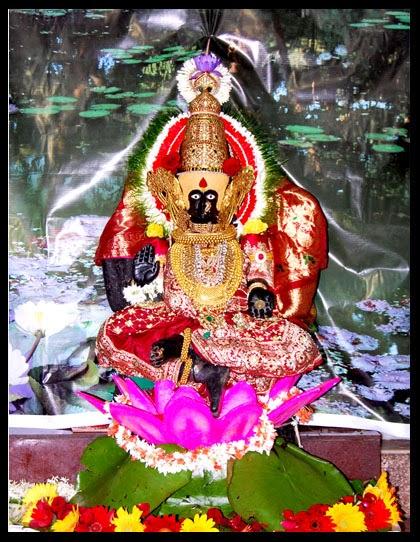 Ganesh Laxmi Wallpaper Full Size Hd Bhagwan Ji Help Me Goddess Mahalaxmi Kolhapur Photos