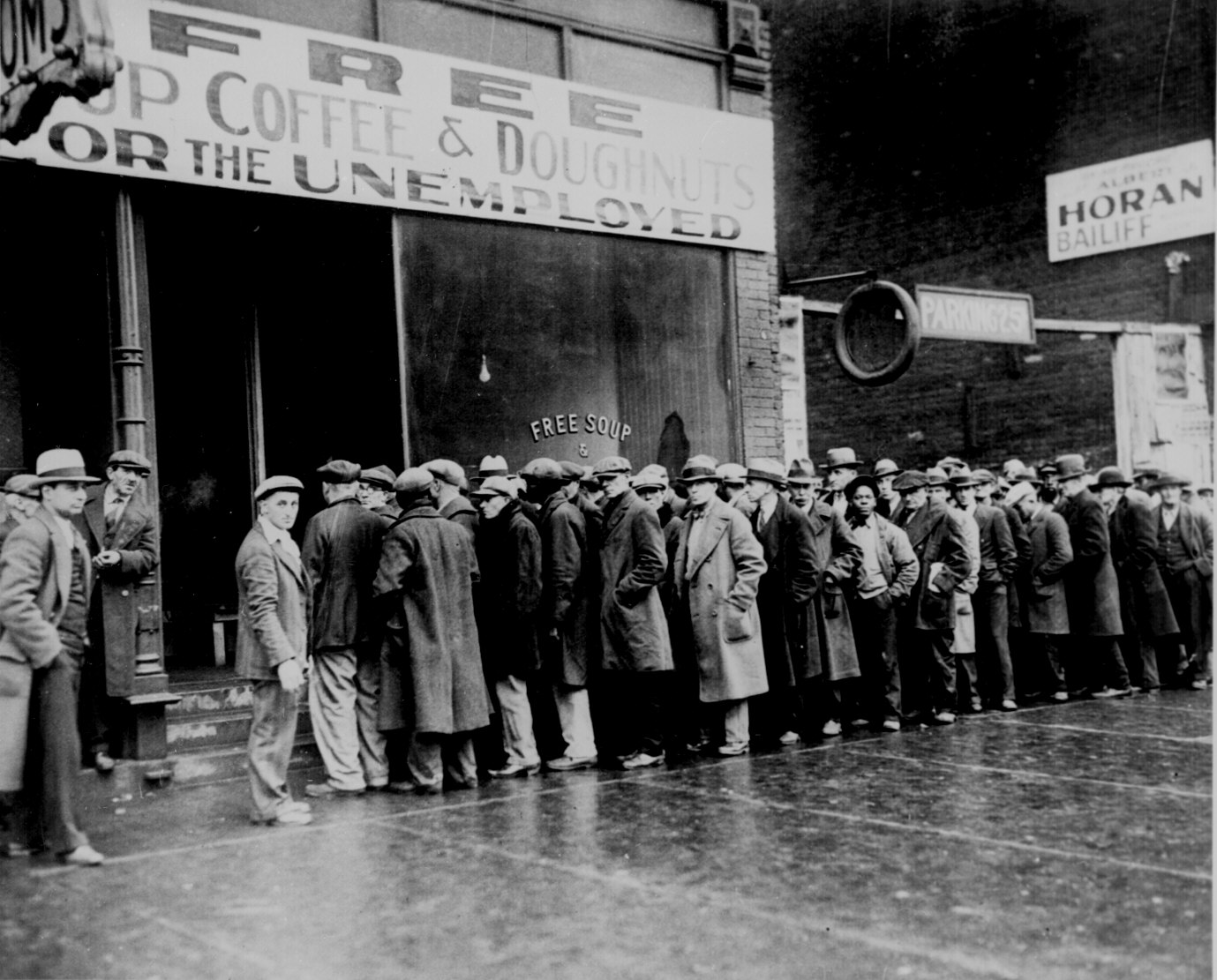 Chicago 1931: Soup Line funded by Al Capone