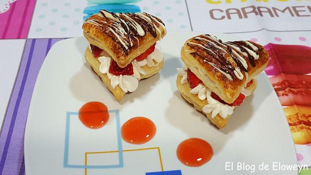 Corazones De Hojaldre Con Fresas, Nata Y Chocolate