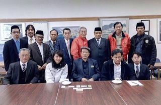 Ketum PBNU Kembali Islamkan Pengusaha Jepang