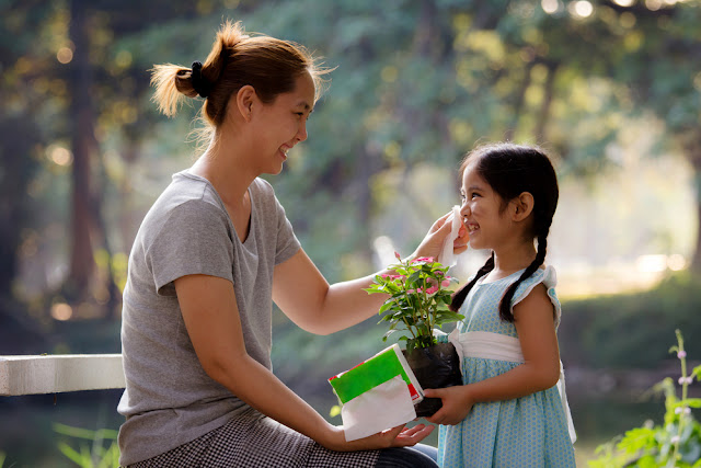 Meningkatkan Percaya Diri Anak dengan Memberi Pujian
