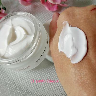 Crema viso per pelli sensibili Bioline Jatò