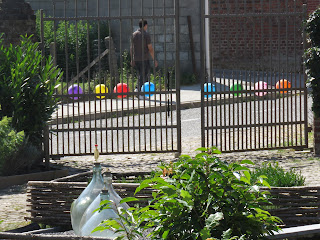 Balloons at the entrance