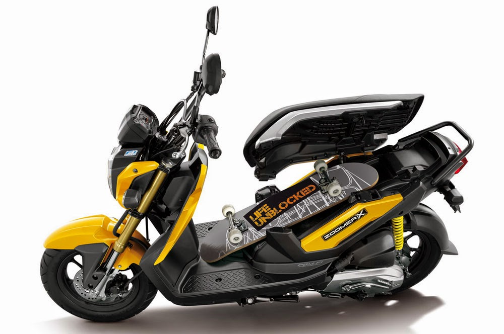 Honda Zoomer X Pictures Gallery
