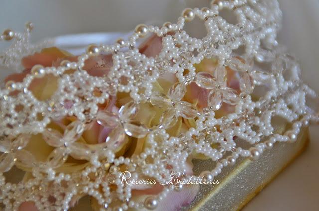 collier mariage perles et cristaux