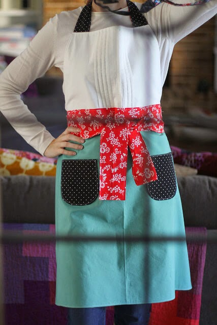 Free Festive Holiday Hostess Apron, Ellison Lane