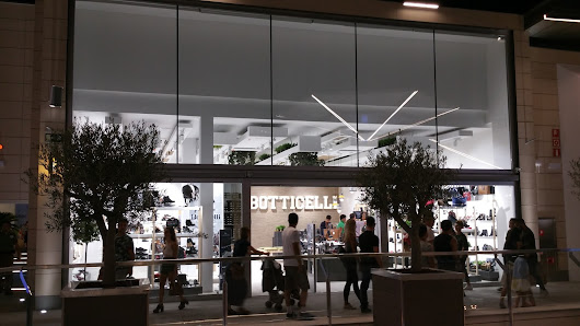 BOTTICELLI, FAN MALLORCA SHOPPING. PALMA DE MALLORCA.
