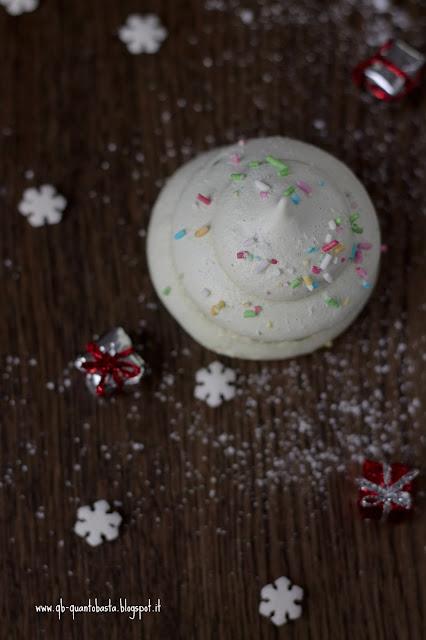 www.qb-quantobasta.blogspot.it - Alberelli di Natale di Meringa