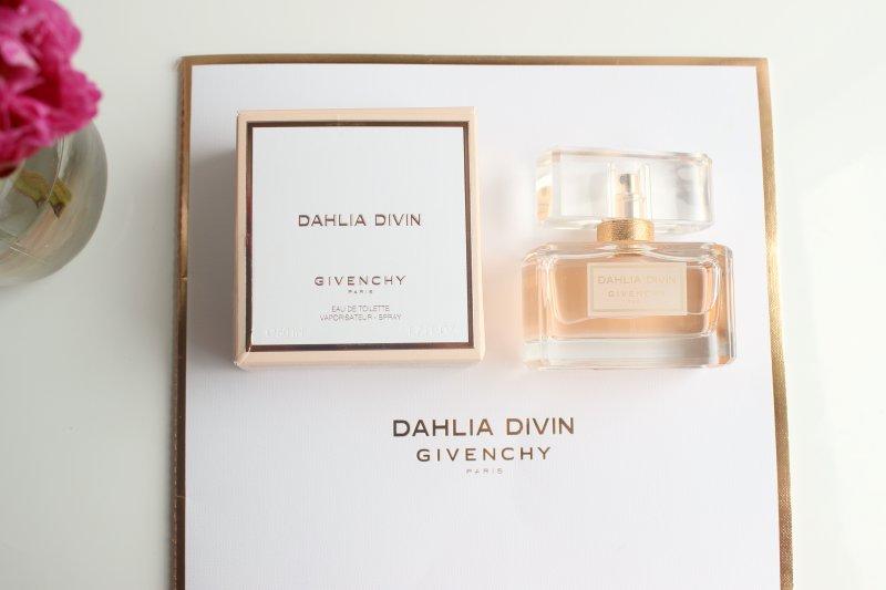 937ac0da1e Givenchy Dahlia Divin Eau de Toilette