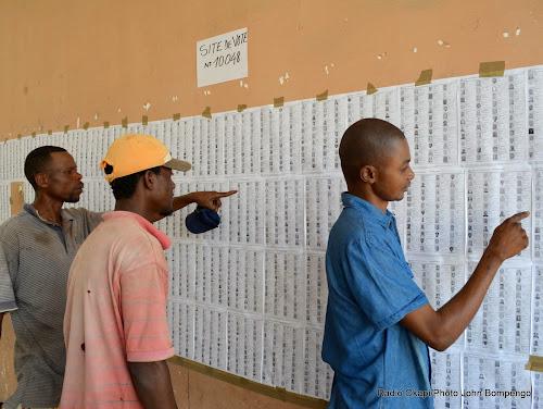 """Résultat de recherche d'images pour """"RDC Congo, provinces, 8 nouveaux gouverneurs, 2017"""""""