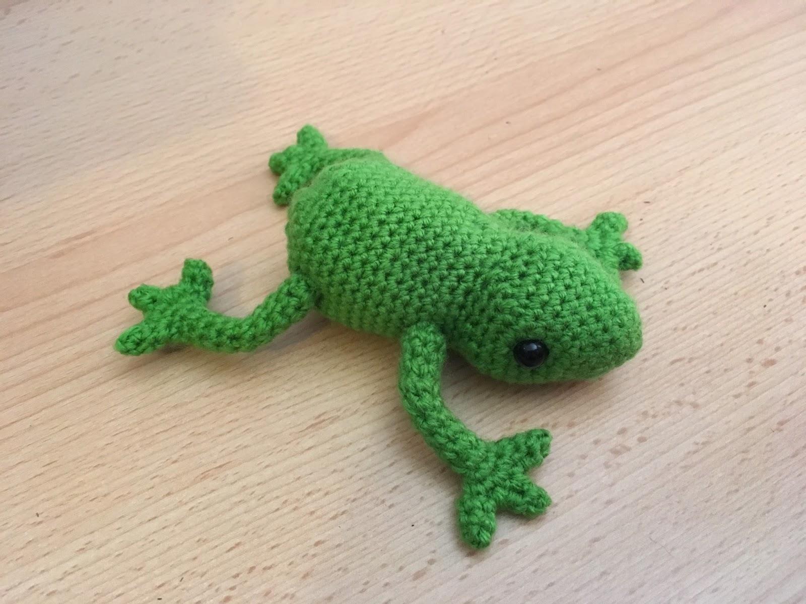 Tutorial: Tree frog | Crochet frog, Crochet tree, Crochet patterns ... | 1200x1600