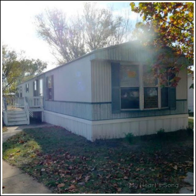 My heart 39 s song mobile home exterior before after - Paint colors for exterior homes pict ...