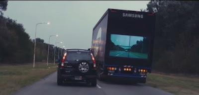 ممنوع التجاوز أكتر من العربة  في طريق دات  إتجاهين