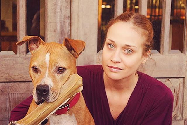 Fiona Apple y su perra Janet
