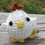 http://www.ravelry.com/patterns/library/eggy---the-cute-chick