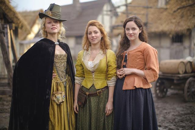 Naomi Battrick, Sophie Rundle y Niamh Walsh en 'Jamestown