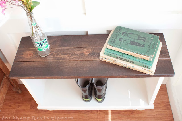Southern Revivals | DIY Entryway Bench for Small Spaces
