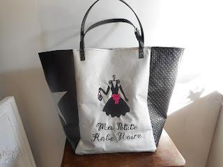 https://www.alittlemarket.com/sacs-a-main/fr_grand_sac_cabas_ma_petite_robe_noire_noir_argent_rose_simili_paillettes_-18888963.html