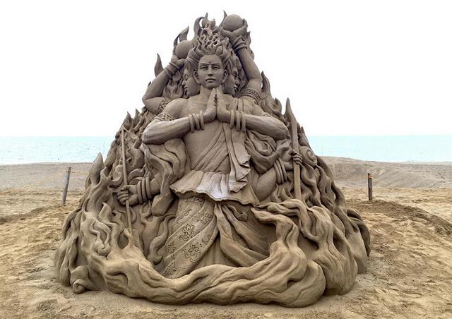 Patung pasir keren 3