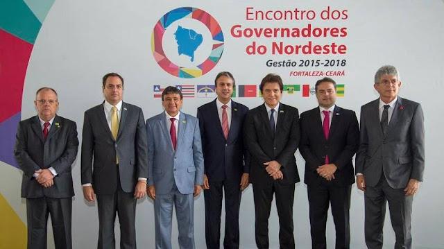 Governadores do Nordeste fecham pauta pelo desenvolvimento e emprego no Nordeste em encontro no Palácio da Abolição