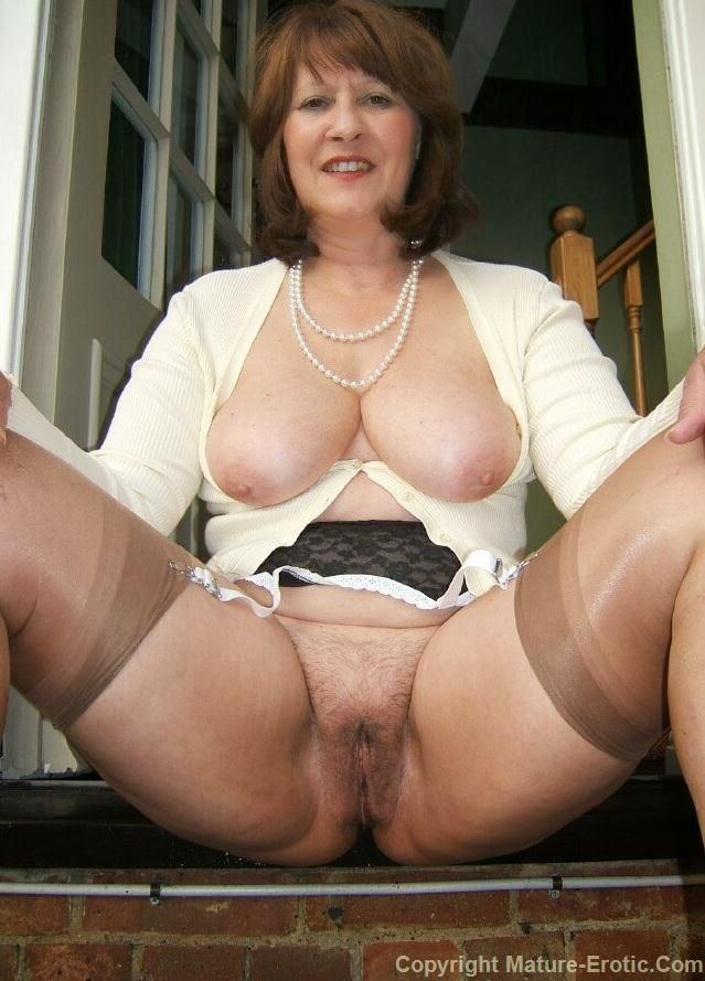 Erotic pics mature Sexy Mature