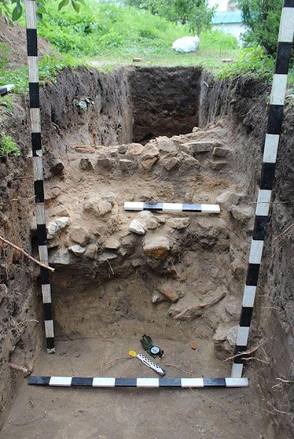У Києво-Печерській лаврі знайшли оборонну стіну невідомого походження
